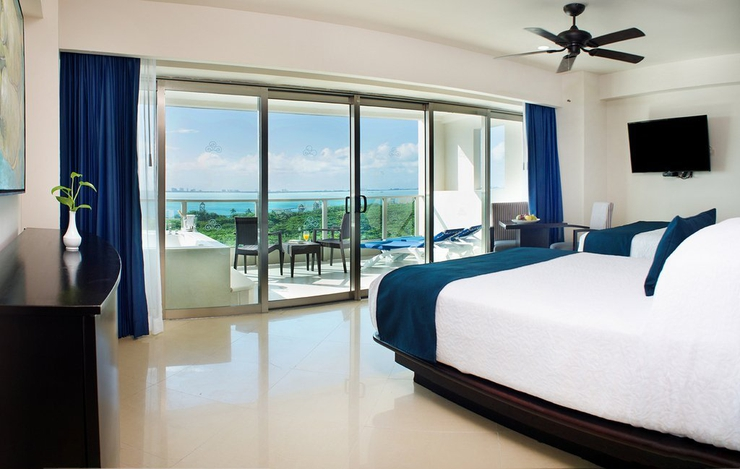 Sunset suite seadust cancun family. resort